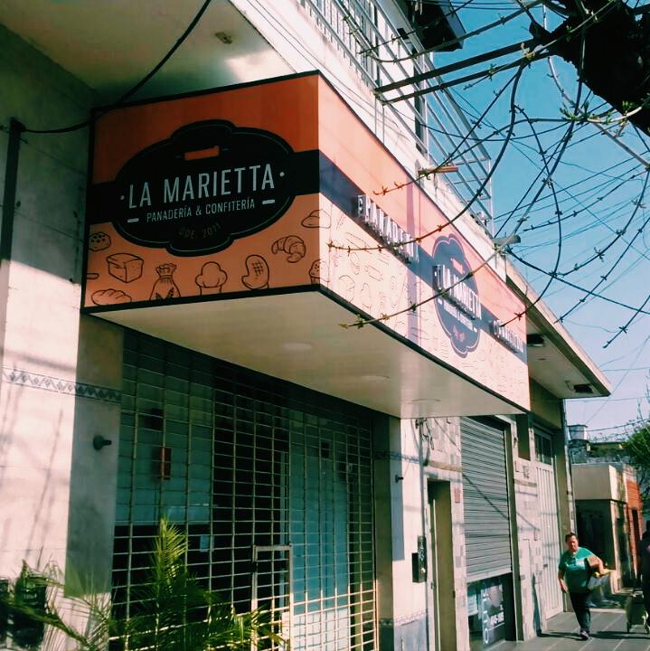 Marquesina con lona tensada + cielo + corporeo en polyfan con led La Marienta