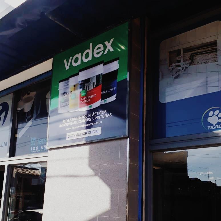 Cartel con lona tensada Vadex