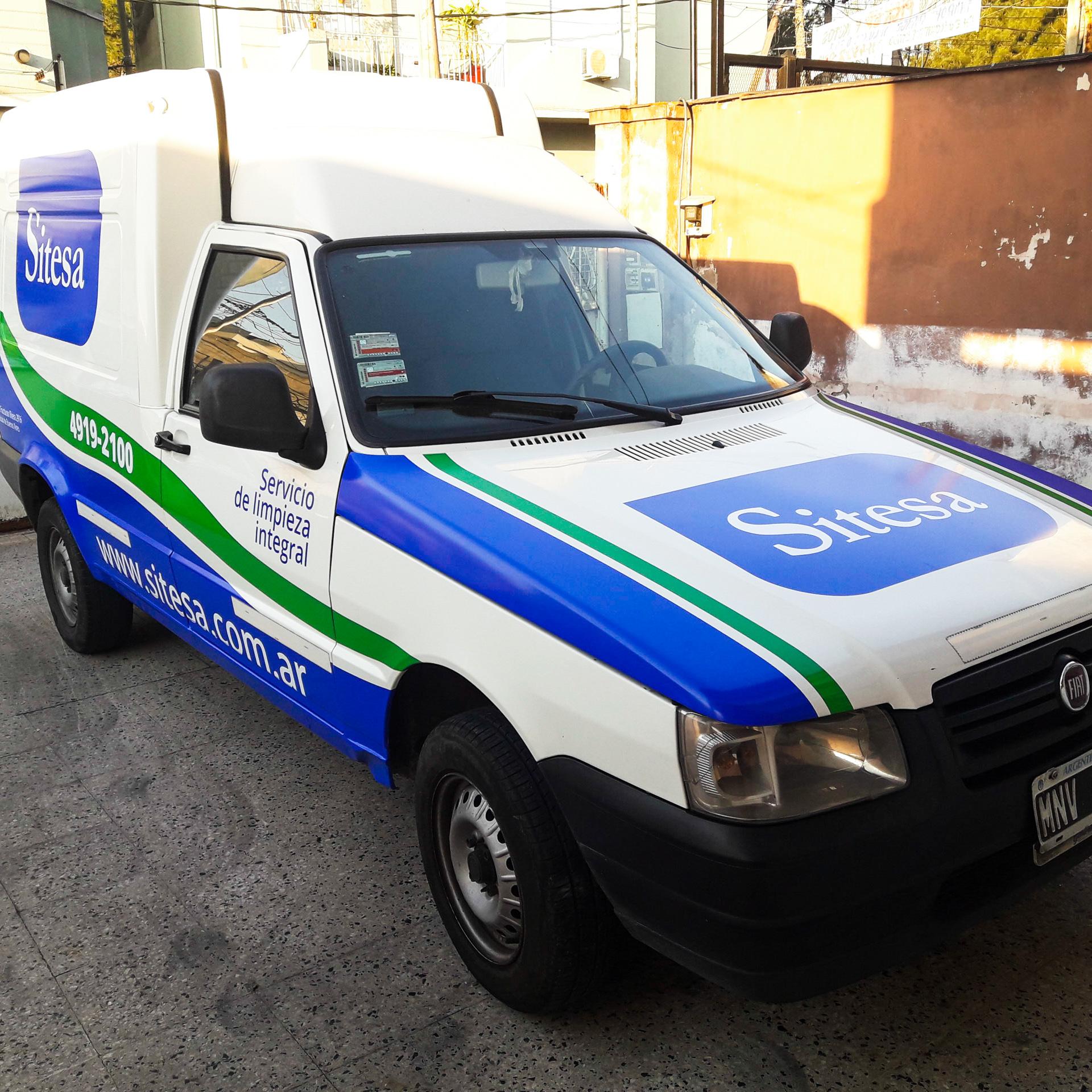 Ploteo vehicular Oracal 651